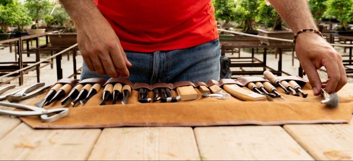 Estuche de herramientas específicas para trabajar la madera.